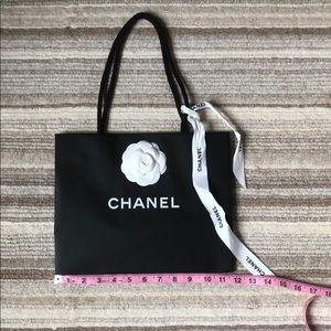 Chanel shoppping bag